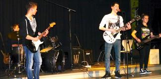 Black & White: Band der Musikschule des Landkreises Oldenburg, Betreuer Andreas Knapp