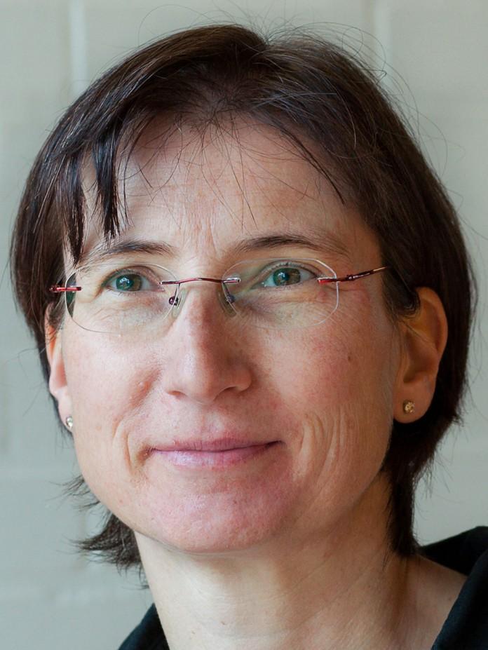 Silke Mundt-Kuester