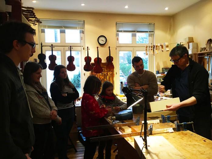 Geigenklasse Imke Albert beim Geigenbauer Michalke in Oldenburg