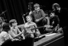Band Besprechung. Foto: Klaus Sekuly