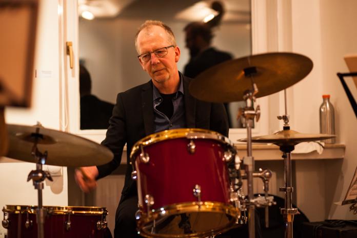 Musikschule des Landkreises Oldenburg, Dozentenkonzert Jazz 5.2.2017, Haus Müller, Ganderkesee: Gerhard Suhlrie, Schlagzeug