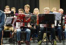 Die Accordions - Akkordeongruppe an der Musikschule des Landkreises Oldenburg unter Leitung von Fred Molde